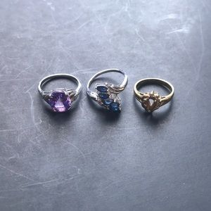 Three decorative costume rings
